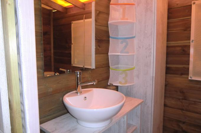 salle de bain location ecolodge