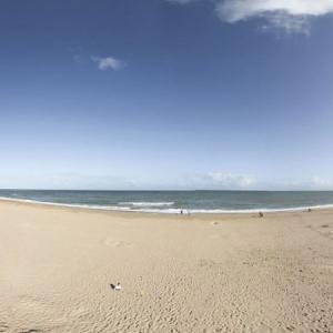 vue-plage-camping-le-point-du-jour