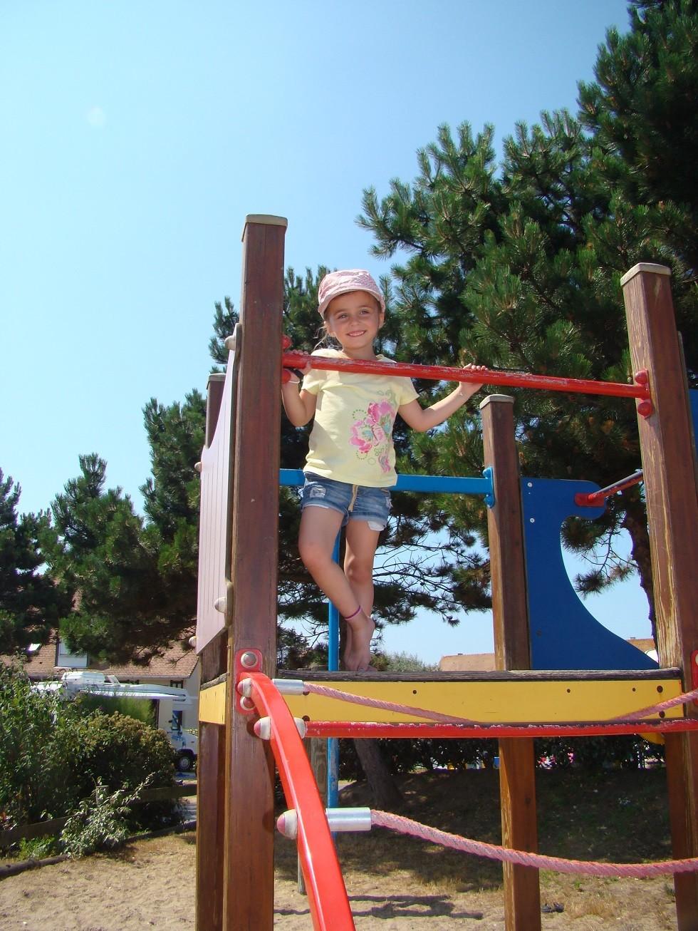 Jeux Enfants Camping Le Point Du Jour