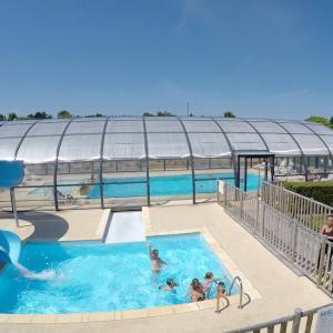 piscine-espace-aquatique-camping-Etennemare