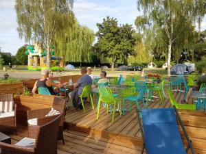 Vacances détente, terrasse et bar à manger