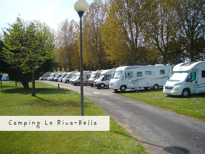 L'aire de camping car au camping Riva Bella à Ouistreham