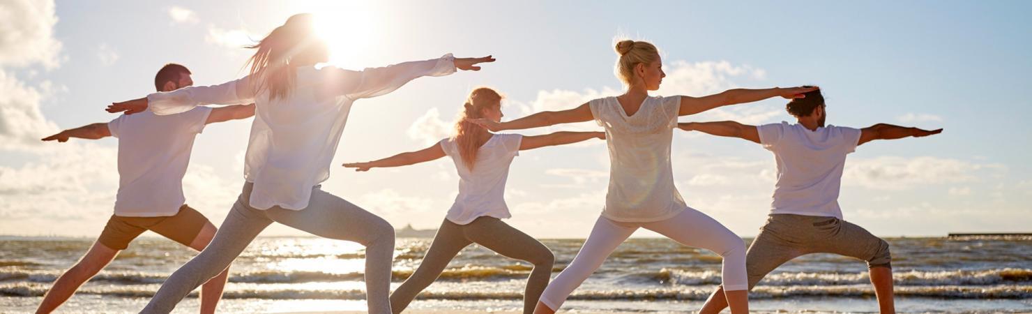yoga-sur-la-plage-seasonova
